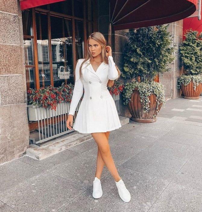 Модели платьев, которые можно носить с кроссовками 10
