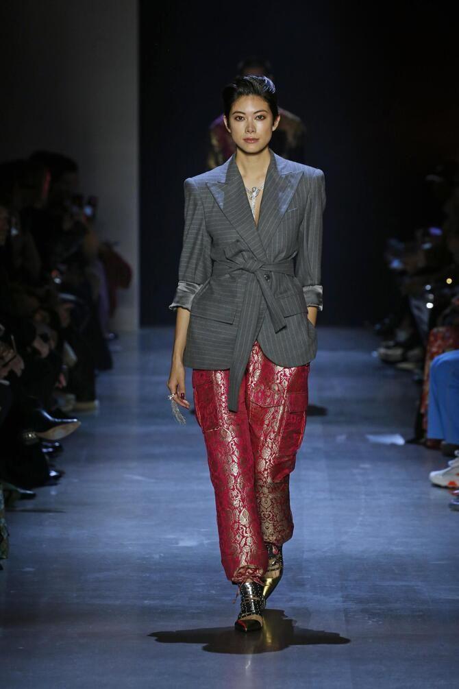 З чим носити яскраві штани ранньої осені 2021: модні поєднання 2