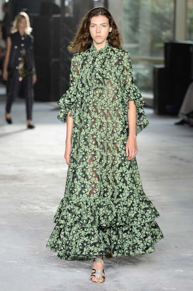 Как носить зеленые платья: модные и необычные образы 14