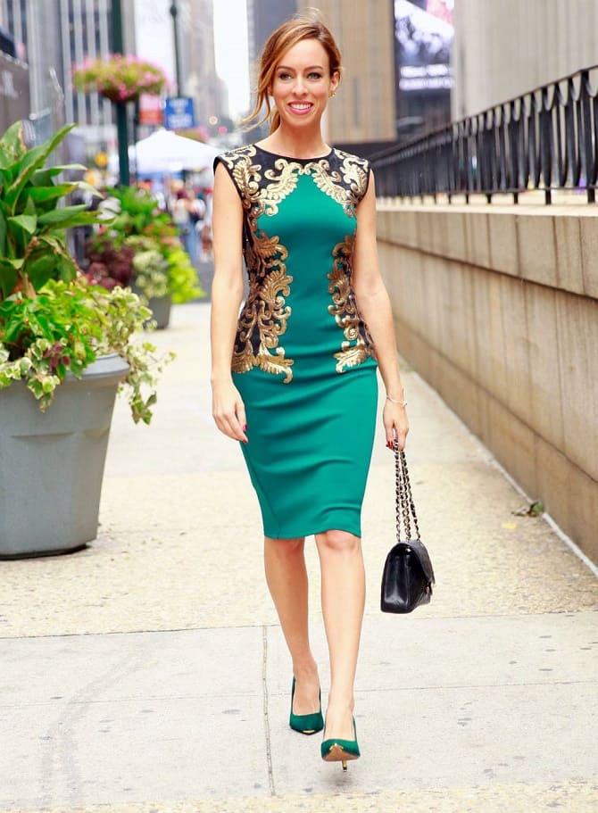 Как носить зеленые платья: модные и необычные образы 25
