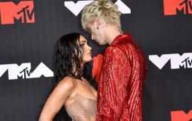 MTV Video Music Awards 2021: Меган Фокс в «голом» платье посетила церемонию