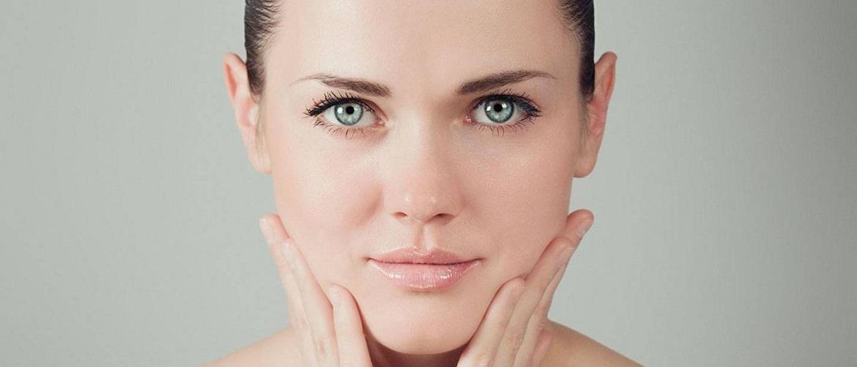 Легко и красиво: как выровнять тон лица без тонального крема и консилеров