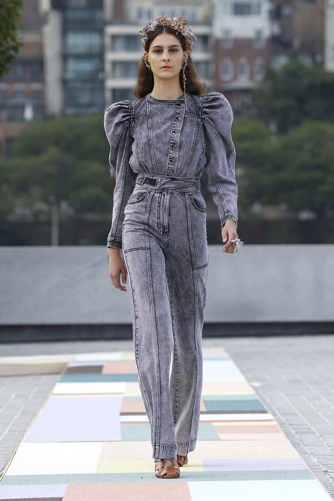 Джинсові комбінезони: як носити модний тренд з 90-х? 14