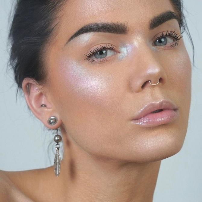 Свіжий і красивий макіяж: як користуватися хайлайтером і наносити його 3
