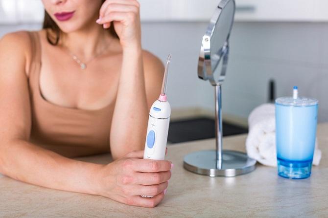 Ирригаторы полости рта: зачем они нужны и как ими пользоваться? 1