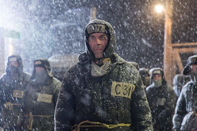 Фильм «Иван Денисович» (2021) — как пройти войну, плен, суровый трудовой лагерь и остаться человеком 2
