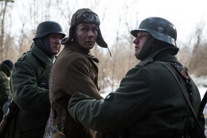 Фильм «Иван Денисович» (2021) — как пройти войну, плен, суровый трудовой лагерь и остаться человеком 5