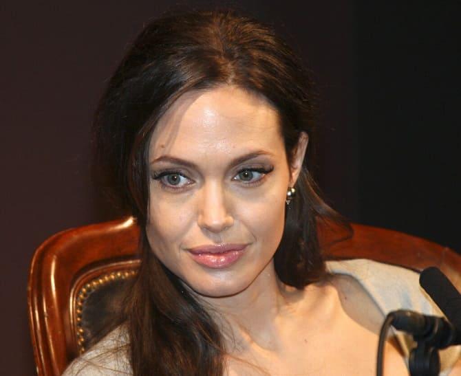 Анджелина Джоли и The Weeknd снова подогрели слухи о своем романе: пара встречается? 4