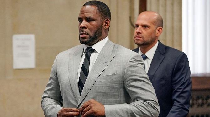 Американского певца R. Kelly признали виновным в сексуальном рабстве: ему грозит пожизненный срок 1