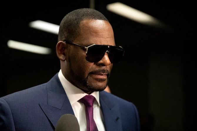 Американского певца R. Kelly признали виновным в сексуальном рабстве: ему грозит пожизненный срок 6