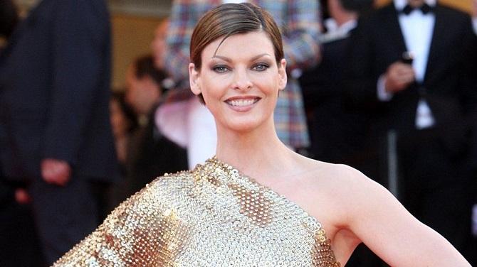 Супермодель Линда Евангелиста покинула модельную карьеру из-за неудачной липосакции: она подала в суд на клинику 2