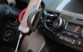 Многофункциональная автомагнитола считается неотъемлемым помощником водителю