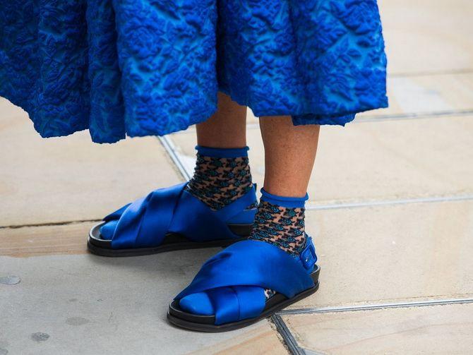 Шкарпетки з відкритим взуттям – як носять цей суперечливий тренд 22