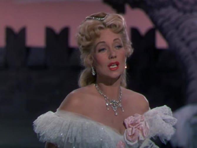 Умерла звезда золотого века Голливуда – актриса Джейн Пауэлл 3