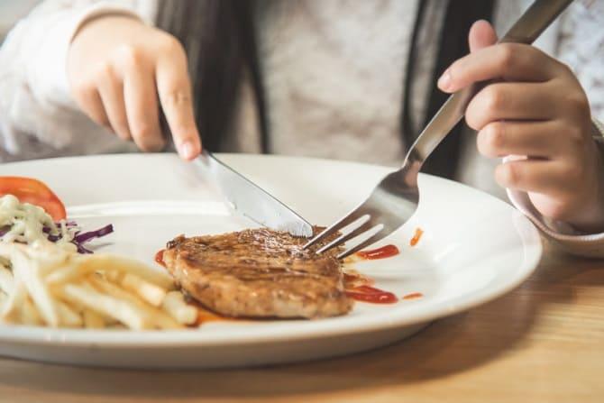 Скажи мені, що ти їси: які проблеми зі здоров'ям можуть видати улюблені страви 5
