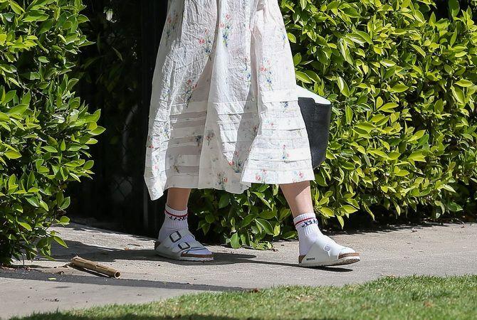 Шкарпетки з відкритим взуттям – як носять цей суперечливий тренд 16