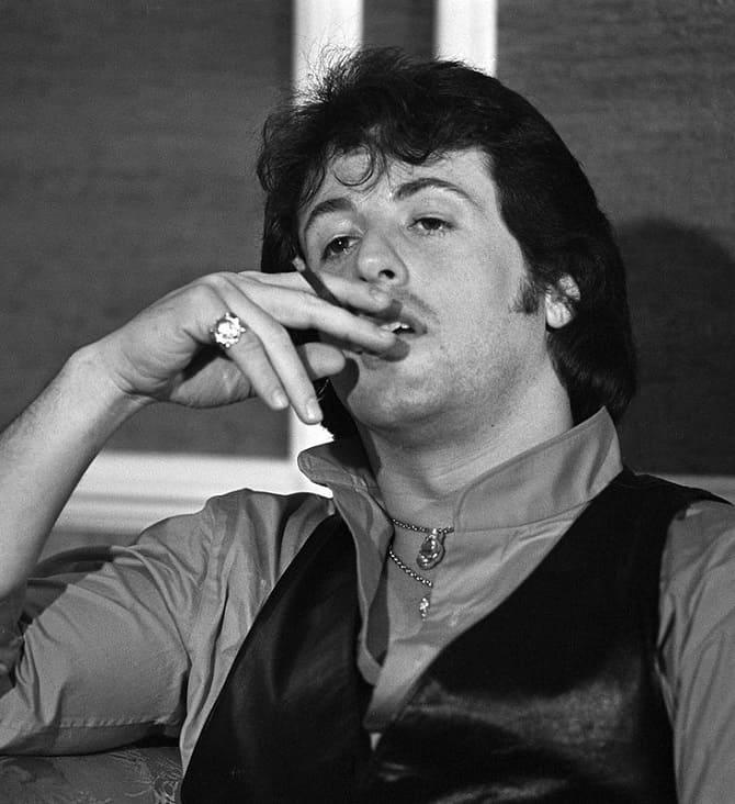 6 знаменитостей, які змогли кинути курити 7