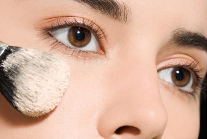 Легко и красиво: как выровнять тон лица без тонального крема и консилеров 4