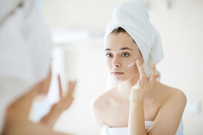 Легко и красиво: как выровнять тон лица без тонального крема и консилеров 6