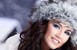 Снимите немедленно: шапки, которые не сочетаются с пуховиками