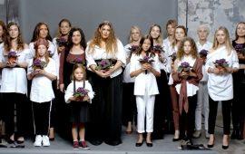 Хто знімався в кліпі KAZKA «Плакала» – імена учасниць, чим займаються зараз