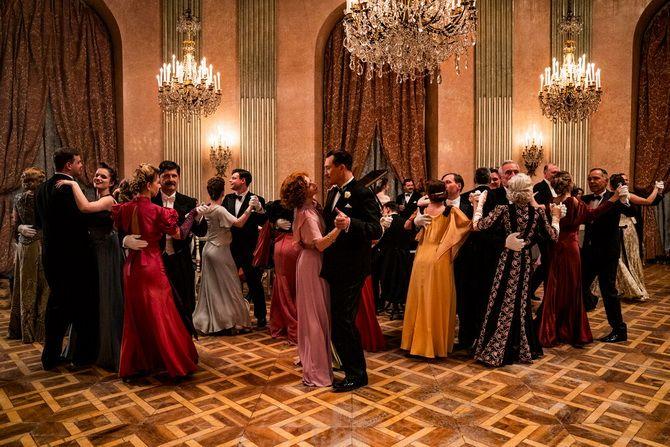 Фильм «Королевская игра»  (2021) — шахматы как спасение и наваждение 2