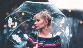 Прически, которые отлично выглядят даже в дождь