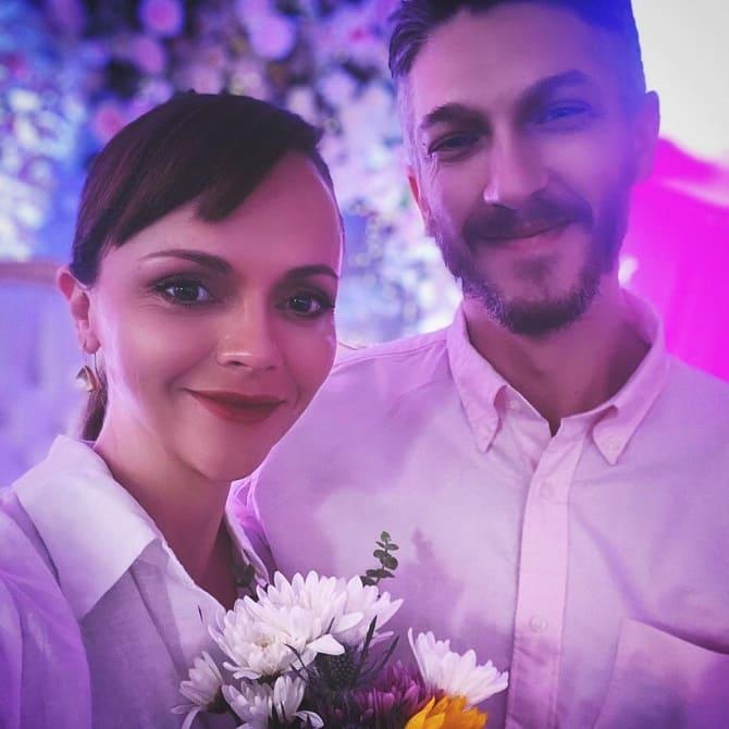 Беременная Кристина Риччи вышла замуж 1