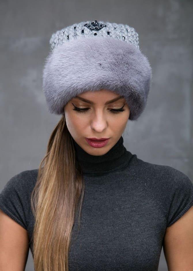 Зніміть негайно: шапки, що не поєднуються з пуховиками 1